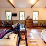 catskills-schoolhouse-airbnb-9