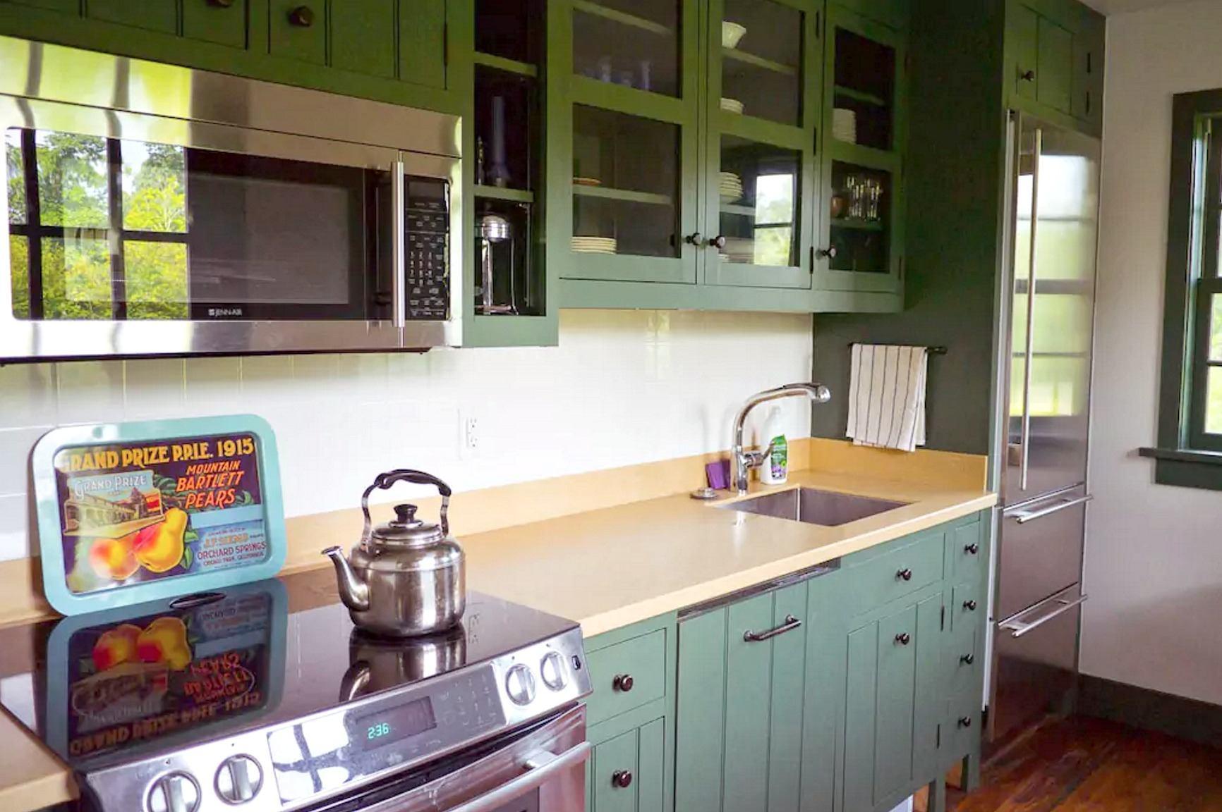catskills-schoolhouse-airbnb-12