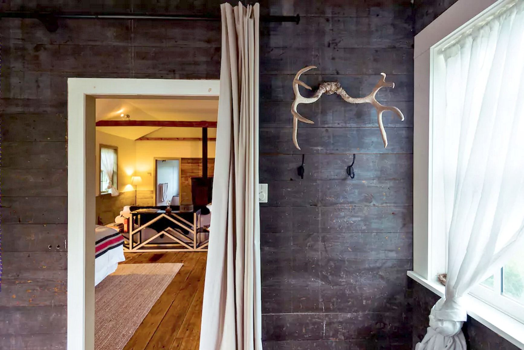catskills-schoolhouse-airbnb-14