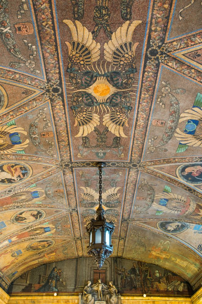 2a. Surrogate's Courthouse, mosaic ceiling detail. Photo by Larry Lederman, NYSID