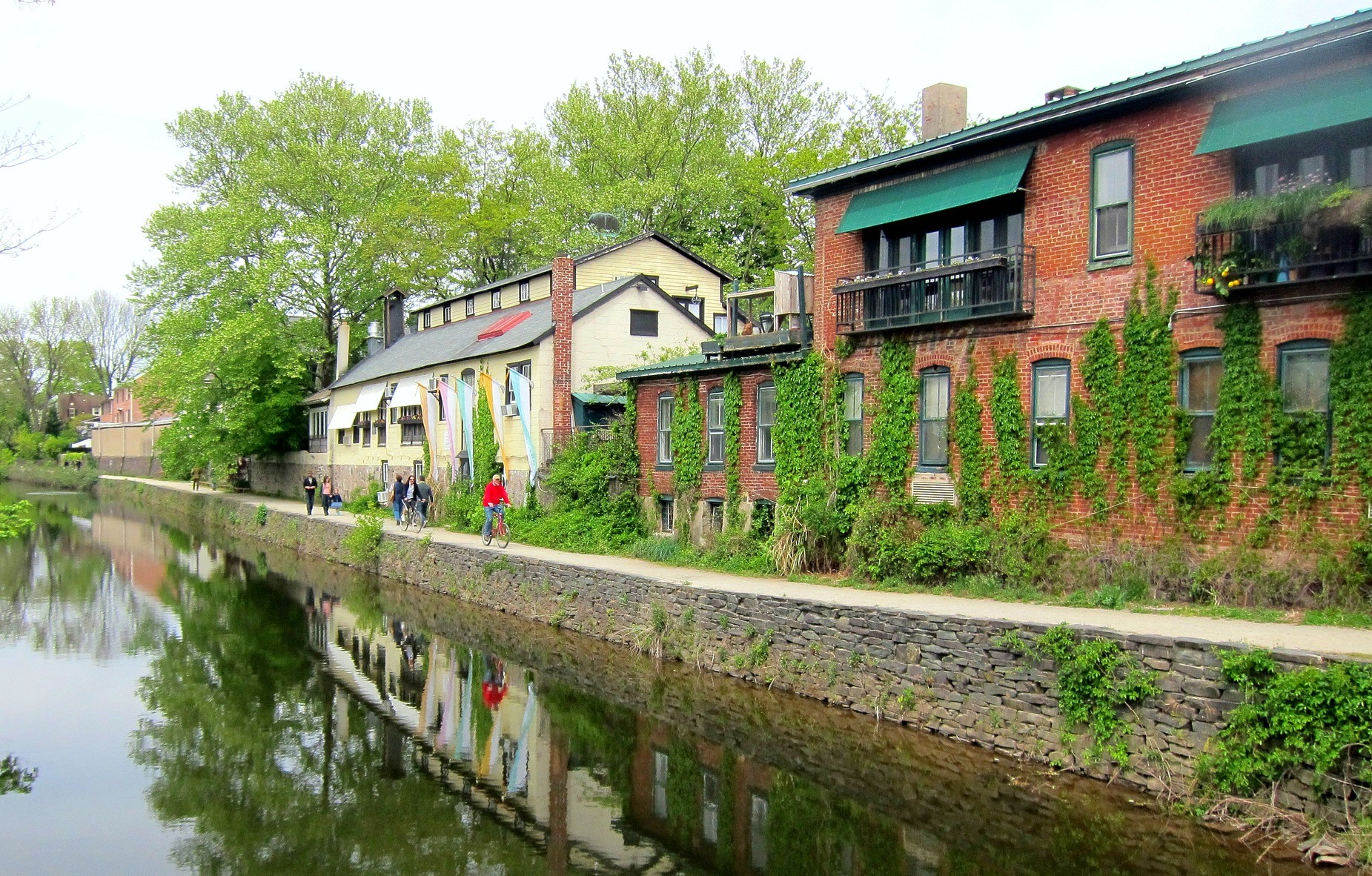 The best day trips this fall from cemetery tours to historic the lambertville canal via wally gobetzflickr publicscrutiny Image collections