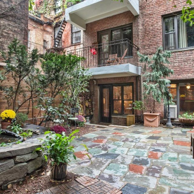 $1.56M Soho apartment boasts an envy-inducing backyard