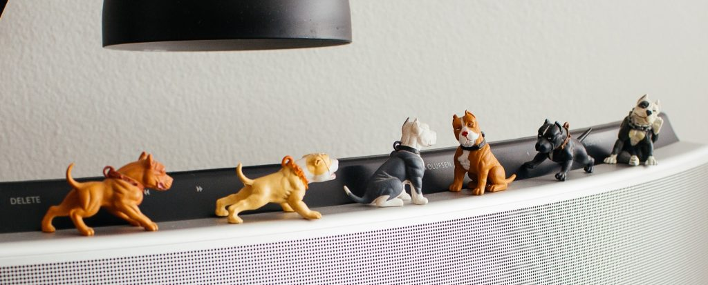 pitbull figurines