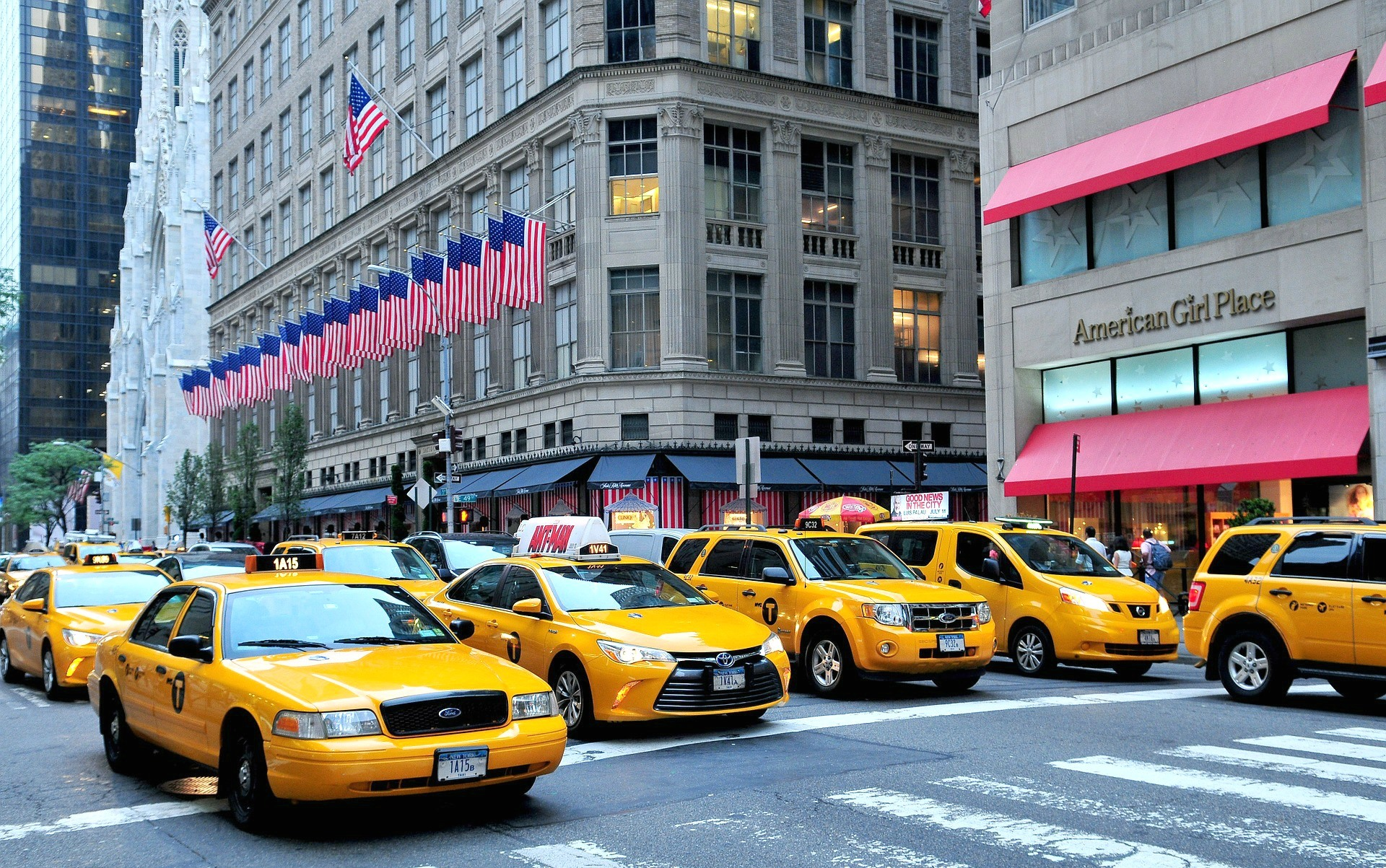 Fifth Avenue, NYC cabs