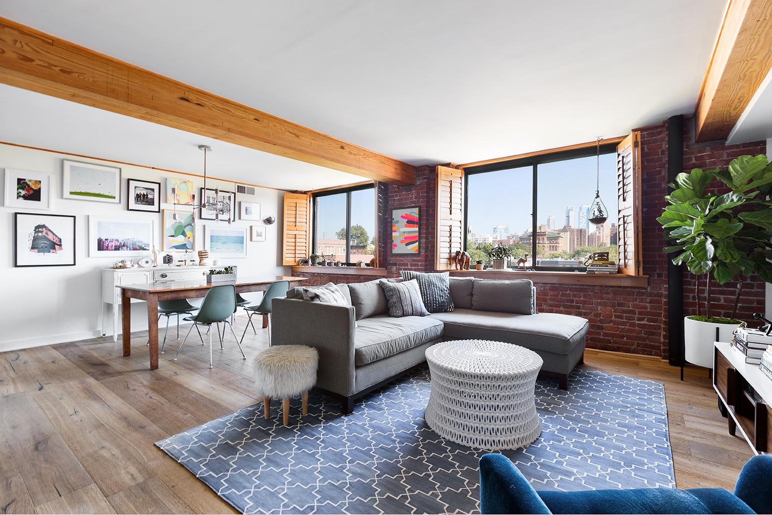 $1.5M Carroll Gardens loft mixes factory details and fun interior ...