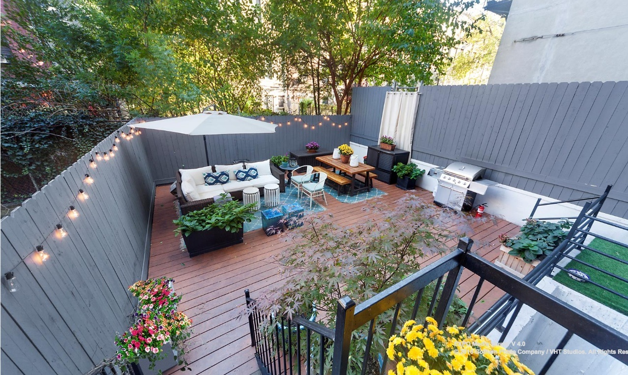 Harlem duplex comes with an enormous private for Secluded backyard ideas