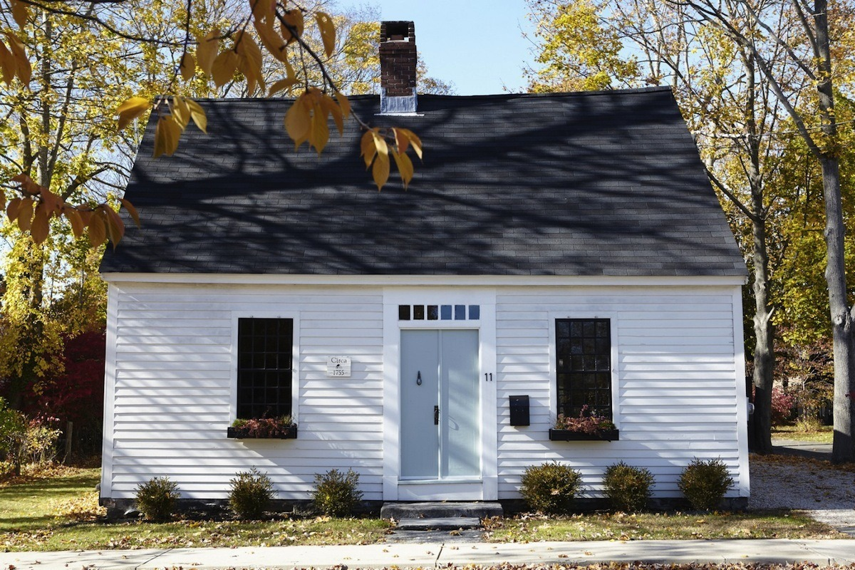 Posted On Fri, November 18, 2016 By Emily Nonko In Connecticut, Cool  Listings, Getting Away, Historic Homes, Interiors