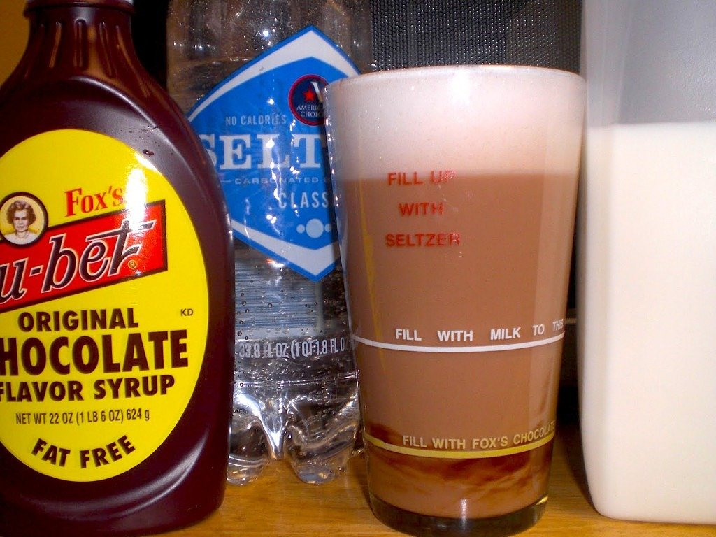 The mysterious origins of the famous New York Egg Cream | 6sqft