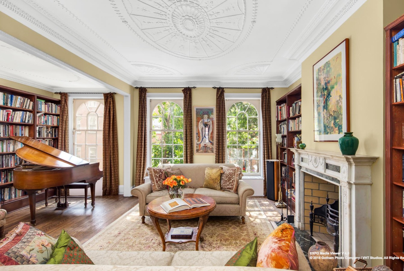 121 Washington Place, West Village, townhouse, artists studio, carriage house, outdoor space, cool listings, historic homes