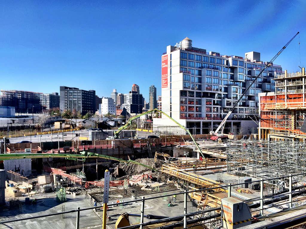 5pointz-construction-december-2016-2