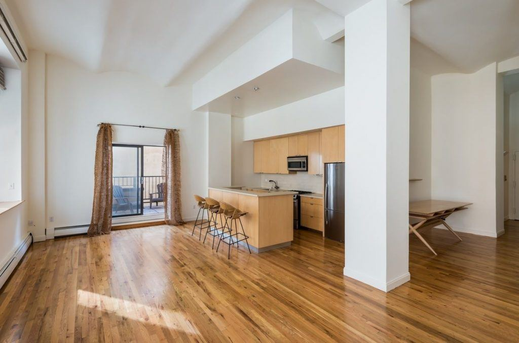 Rent the East Village party pad where Bret Easton Ellis wrote 'American Psycho'