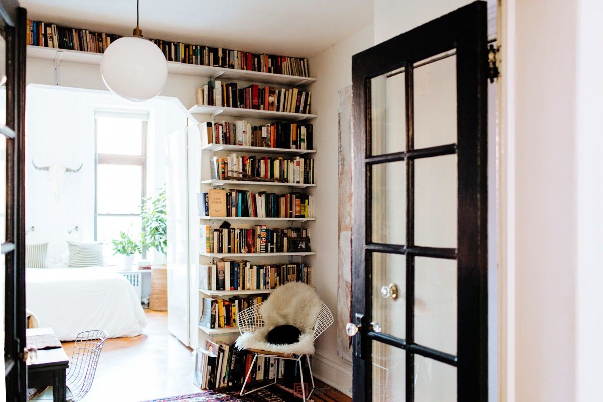 alexandra-king-park-slope-brooklyn-nyc-apartment-mysqft-shelves
