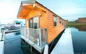 Houseboat Far Rockaway Arverne