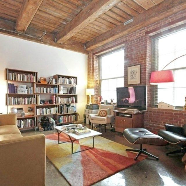 Massive Greenpoint loft with beamed ceilings wants $4,750/month