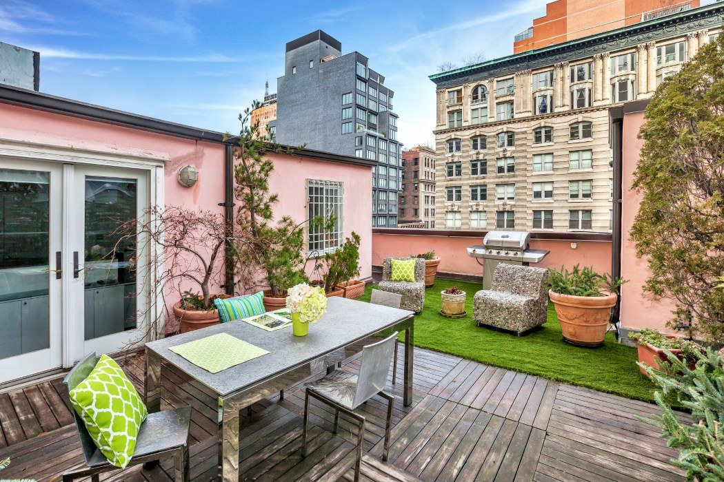 Insane Roof Deck Tops This 2 65m Tribeca Penthouse 6sqft