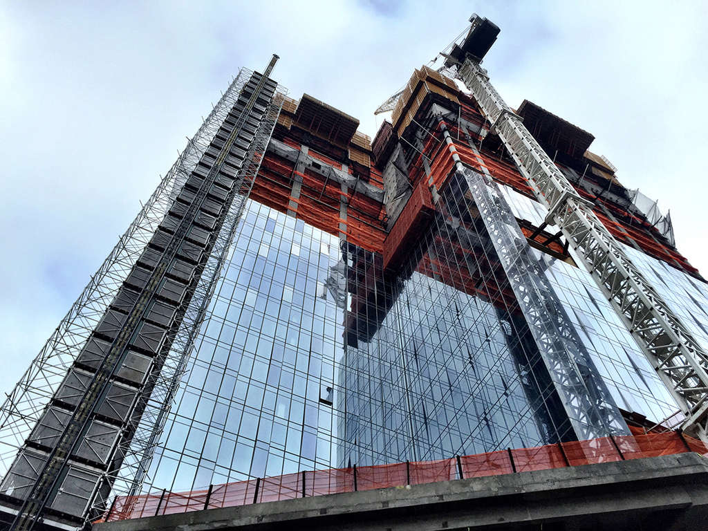 one-manhattan-square-construction-jan-2017-3