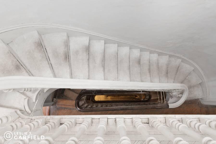 154-hicks-street-stairs-3