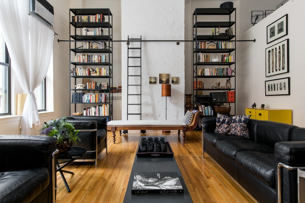 flatiron loft is an art studio office library and cool bedroom retreat under one roof. Black Bedroom Furniture Sets. Home Design Ideas