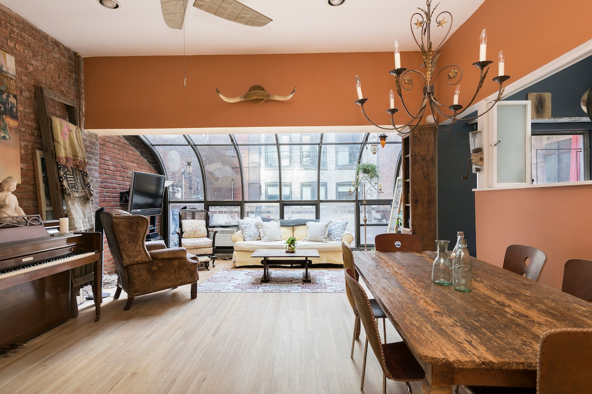$5K/month shabby-chic Flatiron District co-op has a solarium and ...