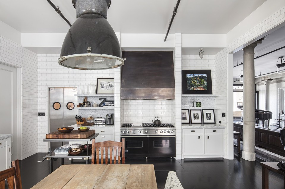 Meg Ryan Lists Her Impossibly Chic Soho Loft For 10 9