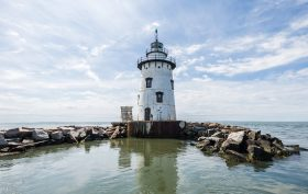 Old Saybrook Breakwater Lighthouse, Frank Sciame, Katharine Hepburn estate, Connecticut lighthouse