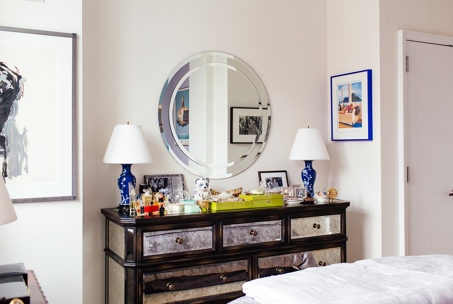 My 680sqft: A staging professional mixes family heirlooms and ...