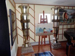 Waldorf astoria urns