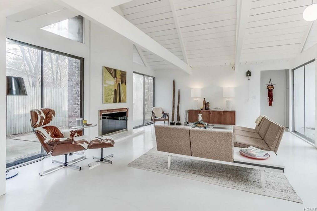 Rare East Coast Eichler home asking $490K shows off its unique ...