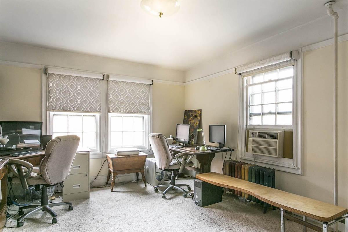 20 Ingram Street, Forest Hills, cool listings, grosvenor atterbury, frederick law olmsted, jr, modular, prefab, planned community, queens