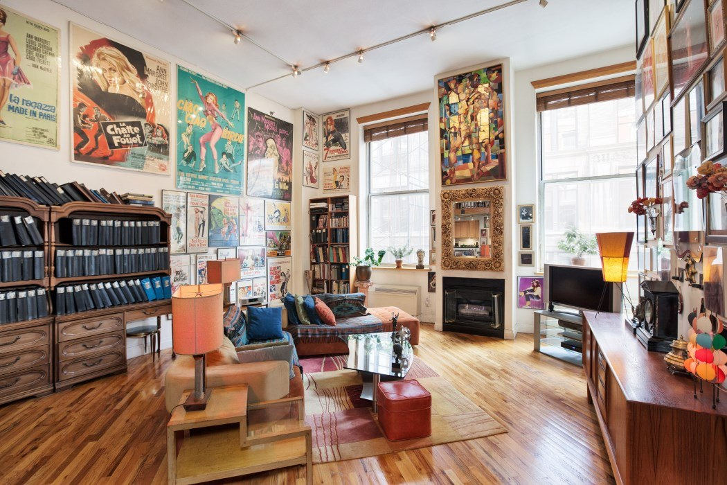 Huge walls show off insane movie memorabilia collection at for 14 wall street 20th floor