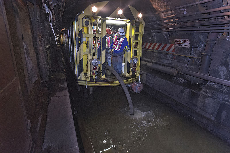 L train NYC, flooding tunnels
