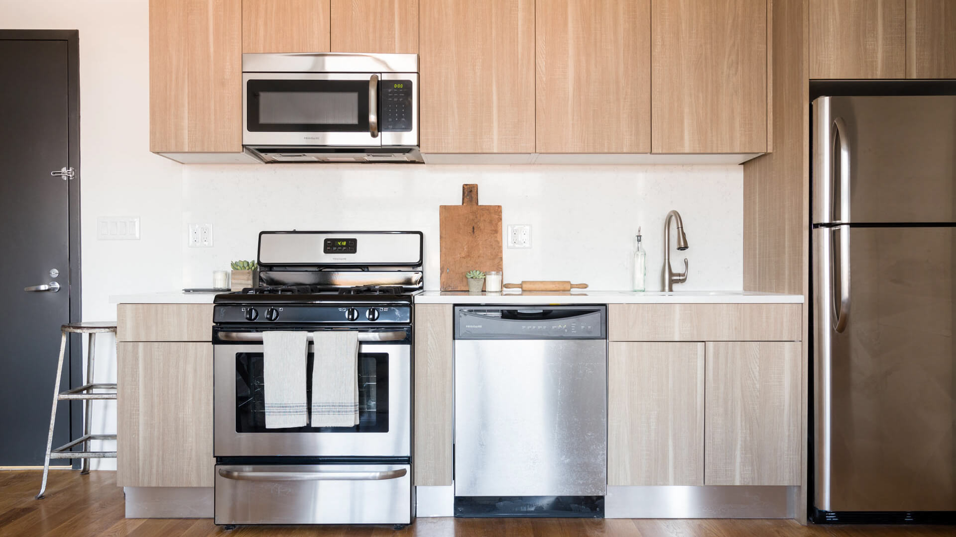 Area Median Income Marketing Images Of The Apartments Show Big, Bright  Windows, Contemporary Kitchens, And Hardwood Floors (as Well As A Very  Cliche