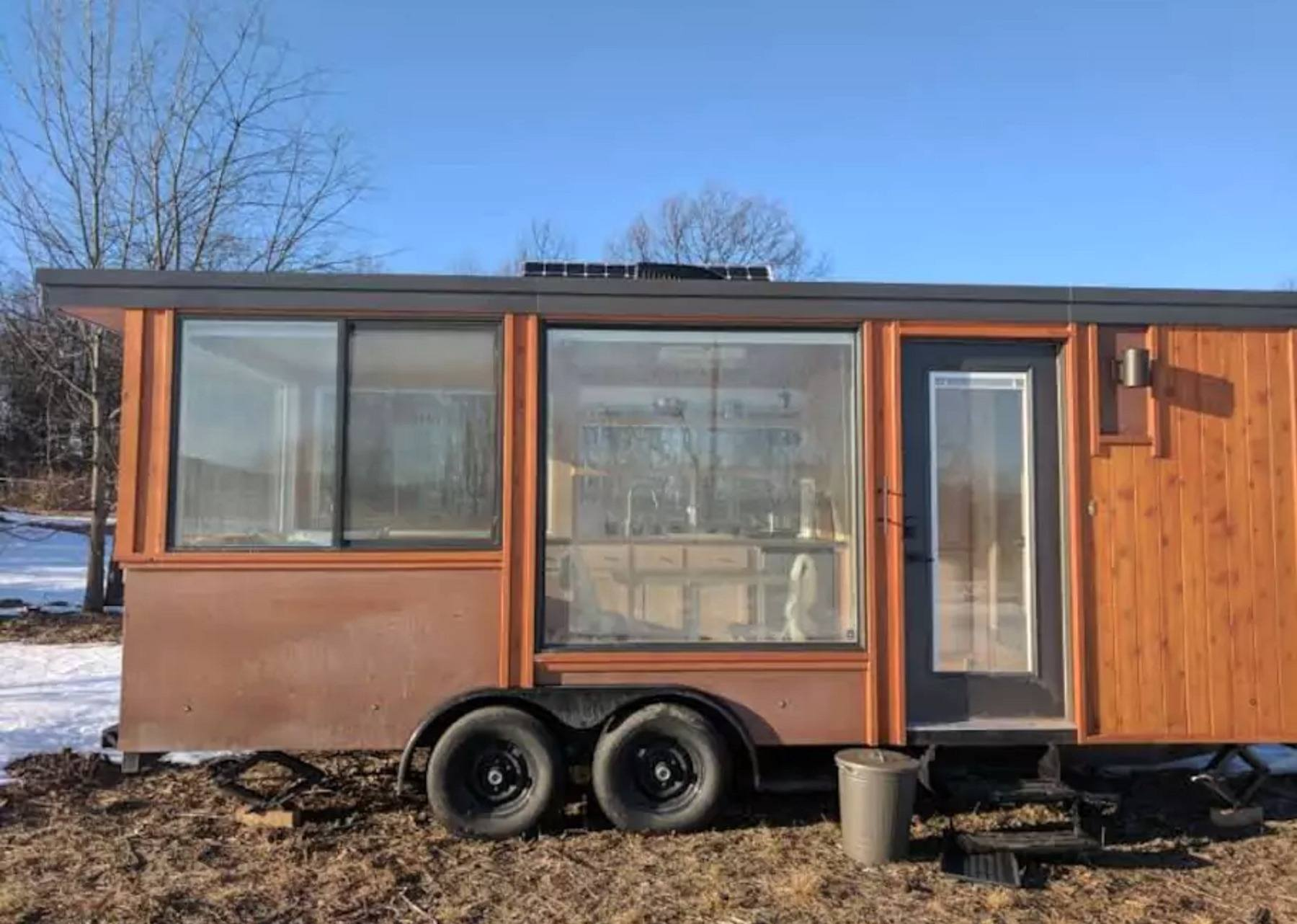 Stay in a 180squarefoot Glass House in the Hudson Valley for