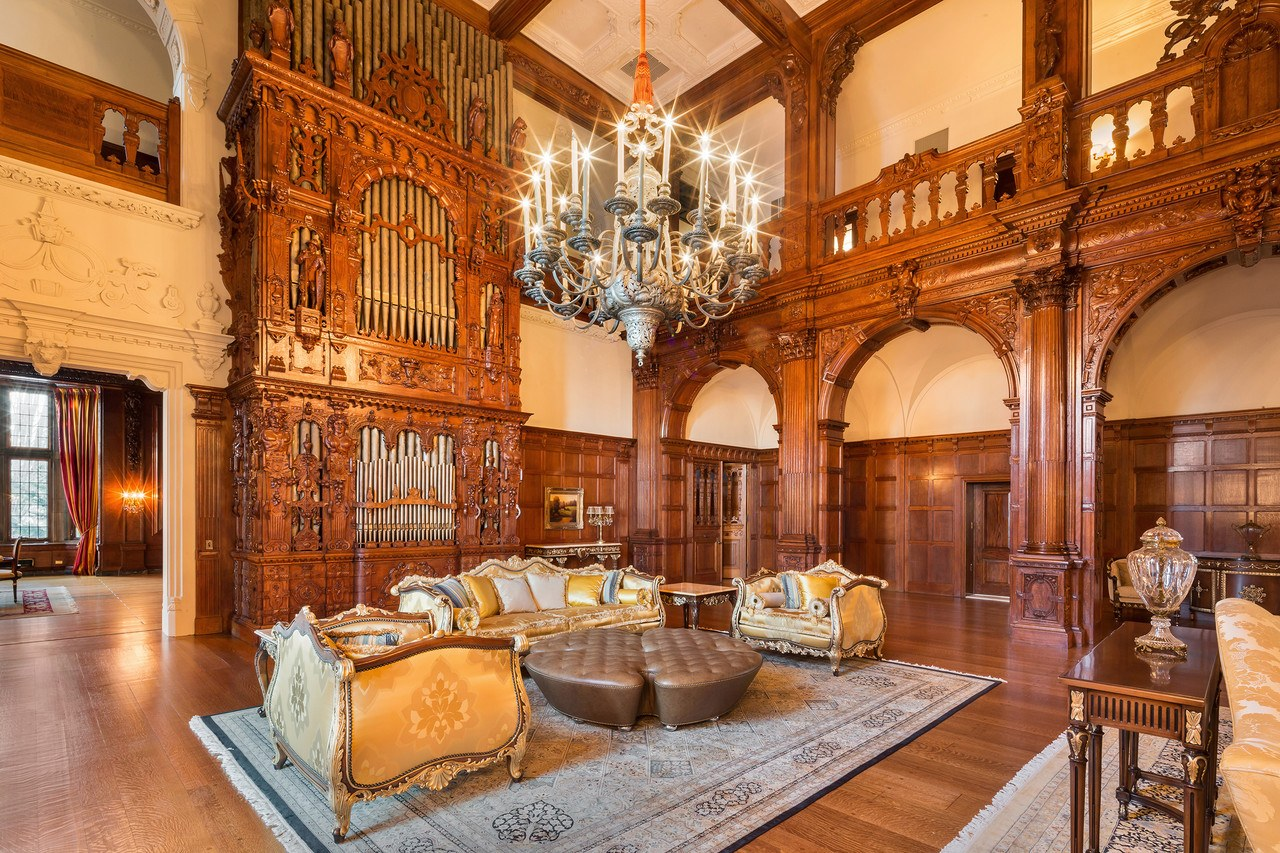 100-year-old New Jersey \'castle\' with 58 rooms hits the market for ...