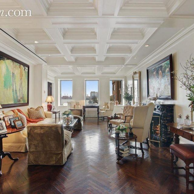 For $6.25M this classy classic 7 on Beekman Place has gorgeous bones and river views