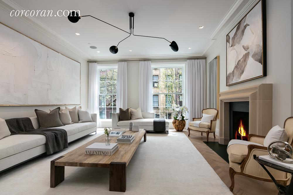 Asking  14 8m  This Renovated 1875 Townhouse On The Upper
