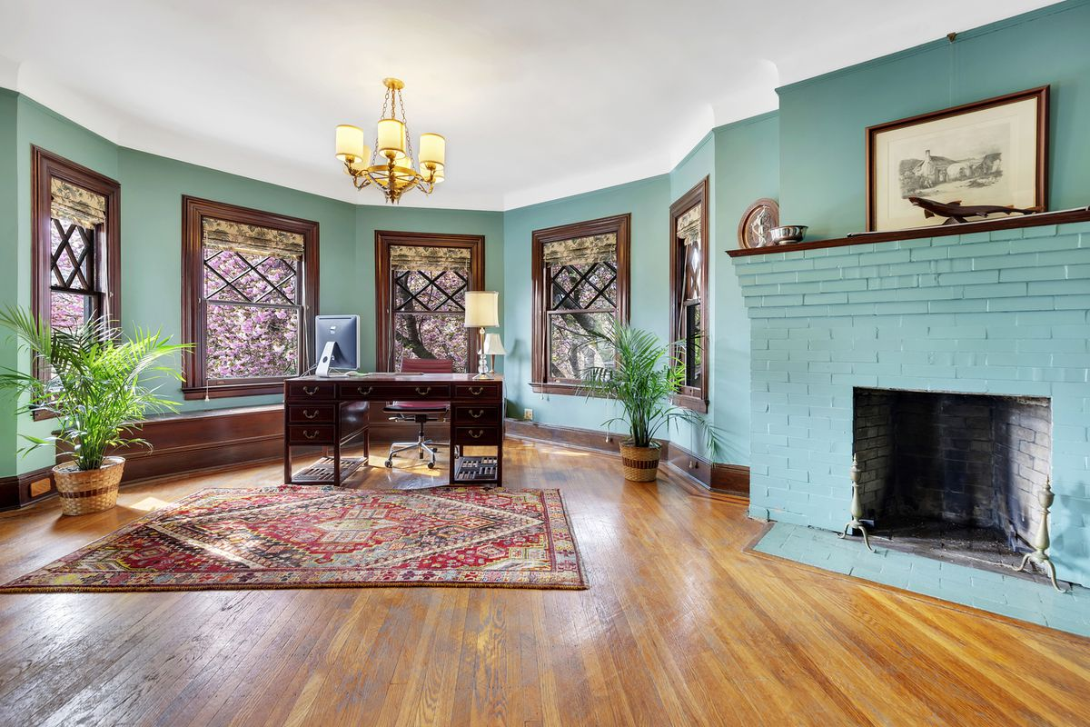 $3M home in the urban suburb of Prospect Park South is a ...