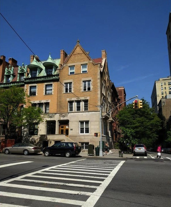 $1.25M Loft-like Apartment Comes From A Landmark Townhouse