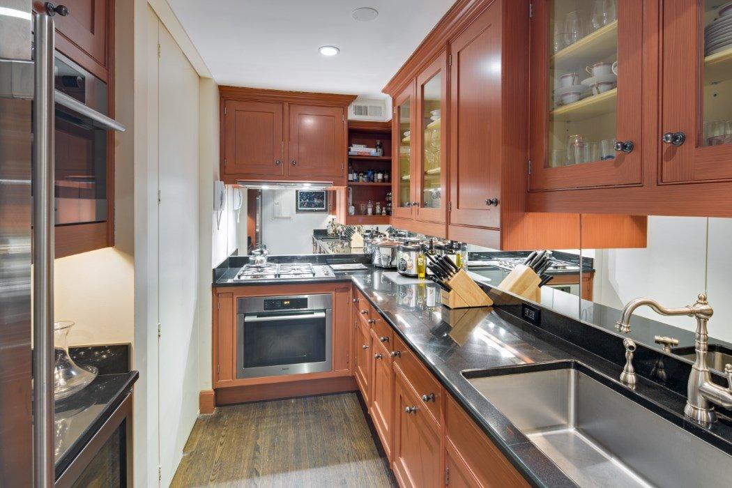 47 East 67th Street, Lenox Hill duplex, Robert Redford