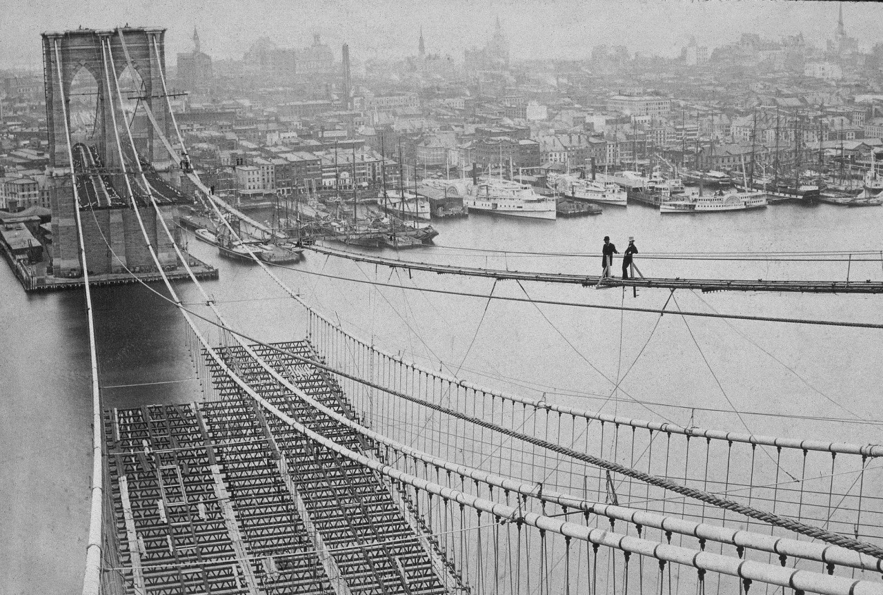 Top 10 secrets of the brooklyn bridge 6sqft posted on thu may 24 2018 by emily nonko in architecture brooklyn features history malvernweather Images