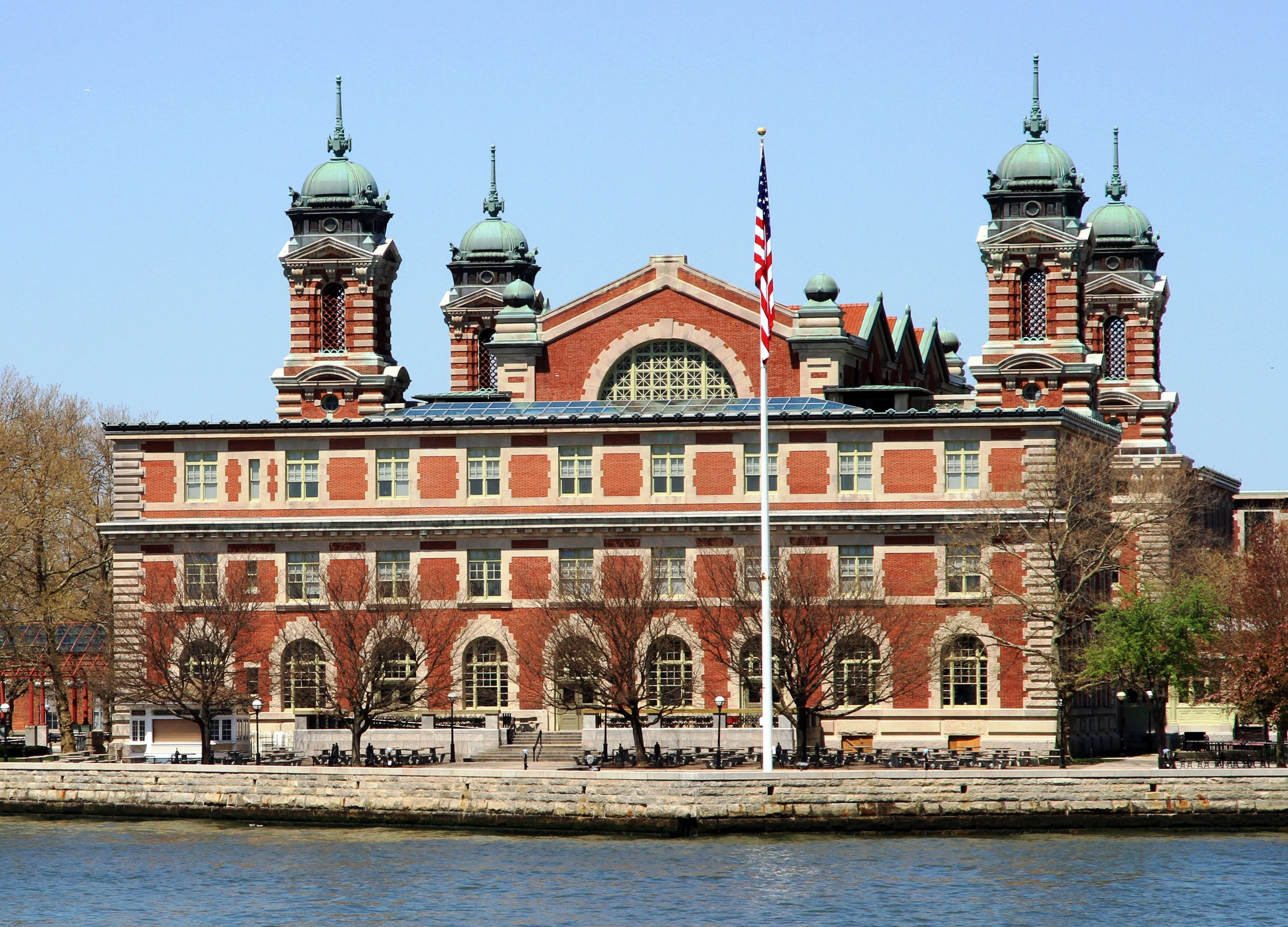 How New Jersey Became The Official Owner Of Ellis Island Sqft - New york map ellis island
