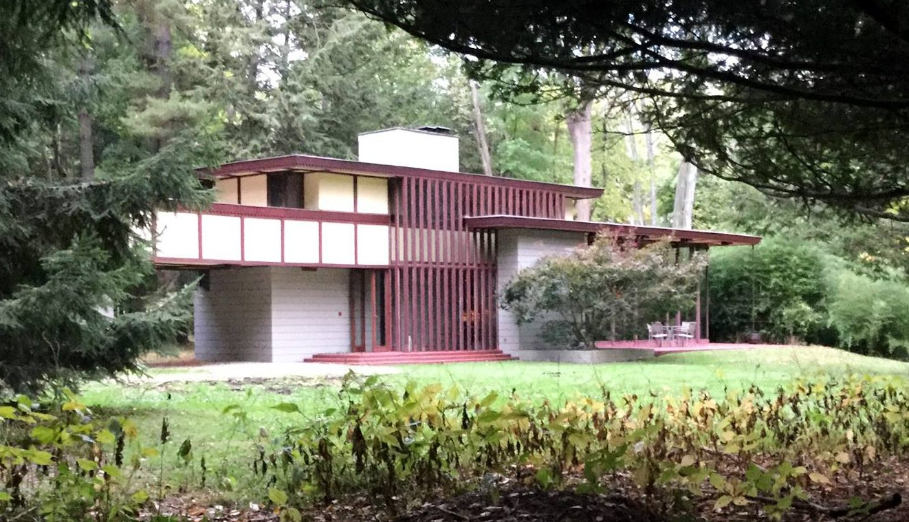 10 things you never knew about frank lloyd wright 6sqft. Black Bedroom Furniture Sets. Home Design Ideas