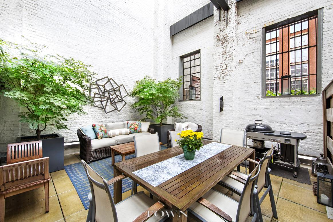 37 bridge street, cool listings, dumbo, townhouses, condos, outdoor spaces