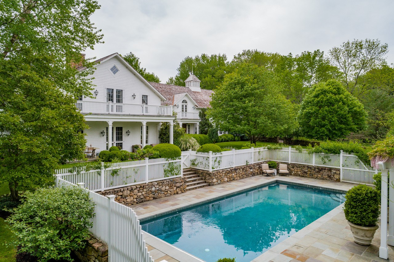 671 West Road, New Canaan real estate, Harry Connick Jr. house, Harry Connick Jr. Connecticut, Jill Goodacre house