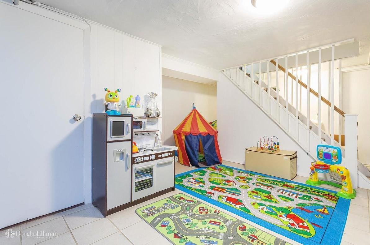 111-27 75th Road, Cool listings, Forest Hills, Queens,