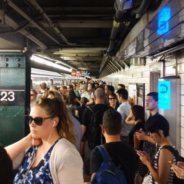 Persistent tech failure blamed for Friday's subway shutdown that left riders stranded in the heat