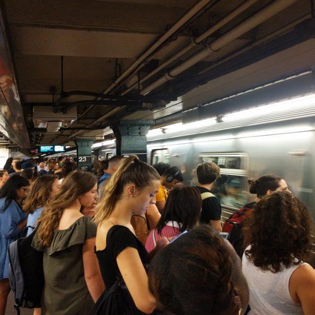 Recent breakdown spurs demand for better subway escape plans