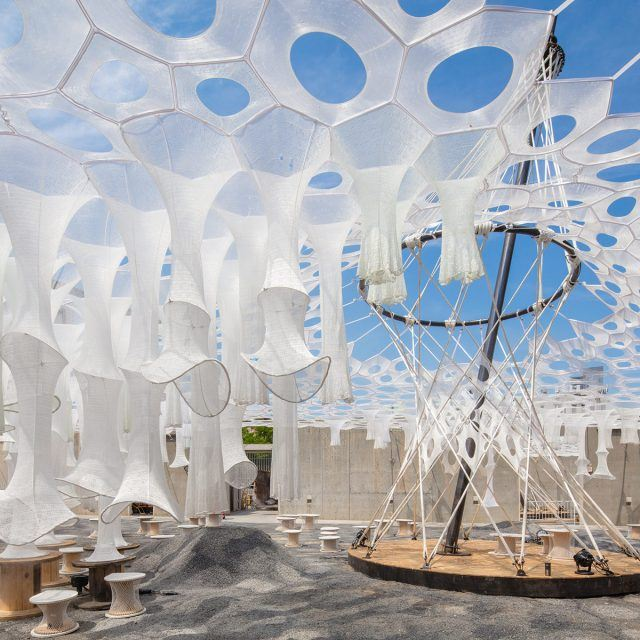 Watch MoMA PS1's solar canopy art installation get installed