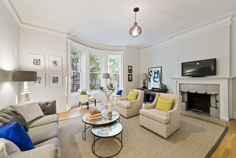 Billie Holiday S Last Home On The Upper West Side Sells