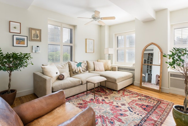315 West 23rd Street, The Broadmoor, Mami Gummer apartment, Mami Gummer Chelsea